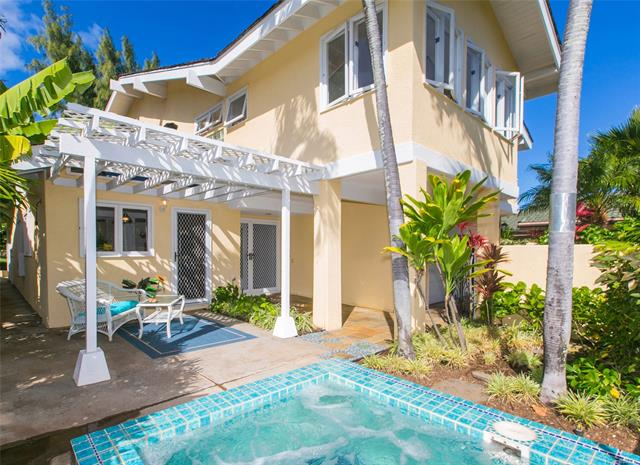 7928 Makaaoa Place, Honolulu HI 96825