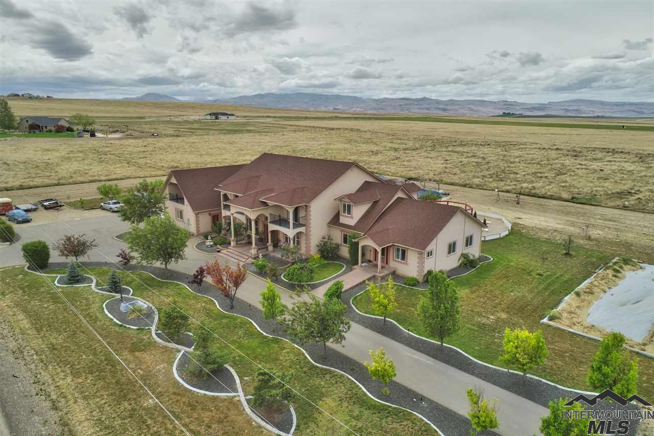 5977 Sky Ranch Road, Nampa ID 83686