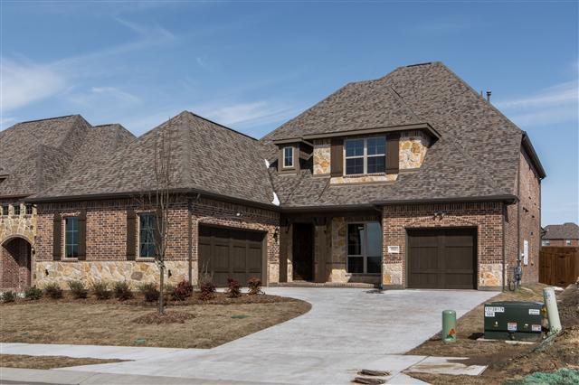 910 Amber Knoll Drive, Rockwall  TX 75087