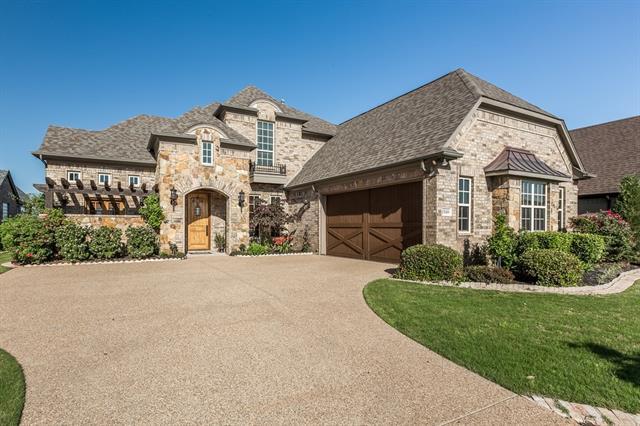 2320 Bordeaux Drive, Granbury TX 76048