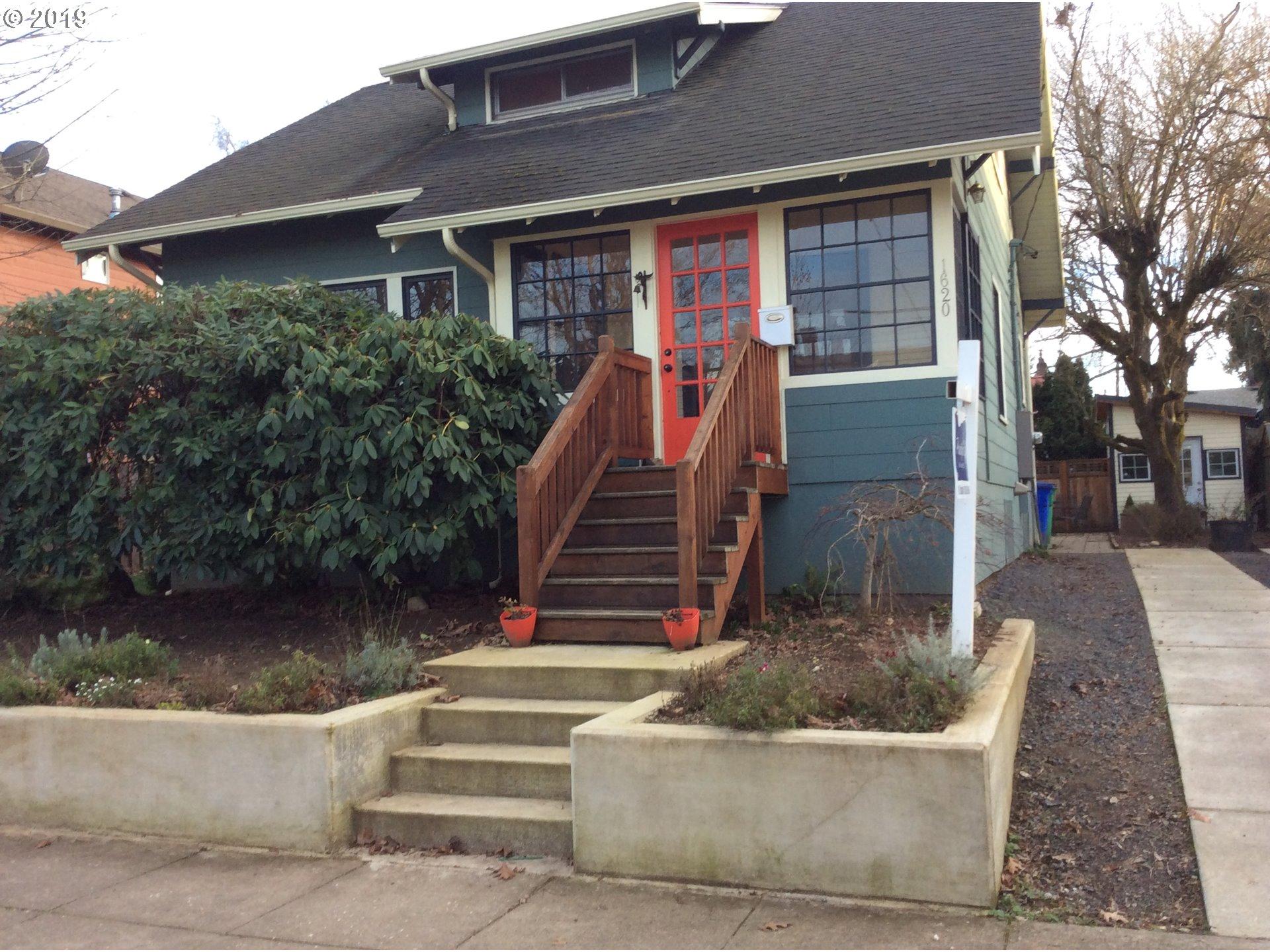 1620 NE DEKUM A and B ST 2, Portland OR 97211