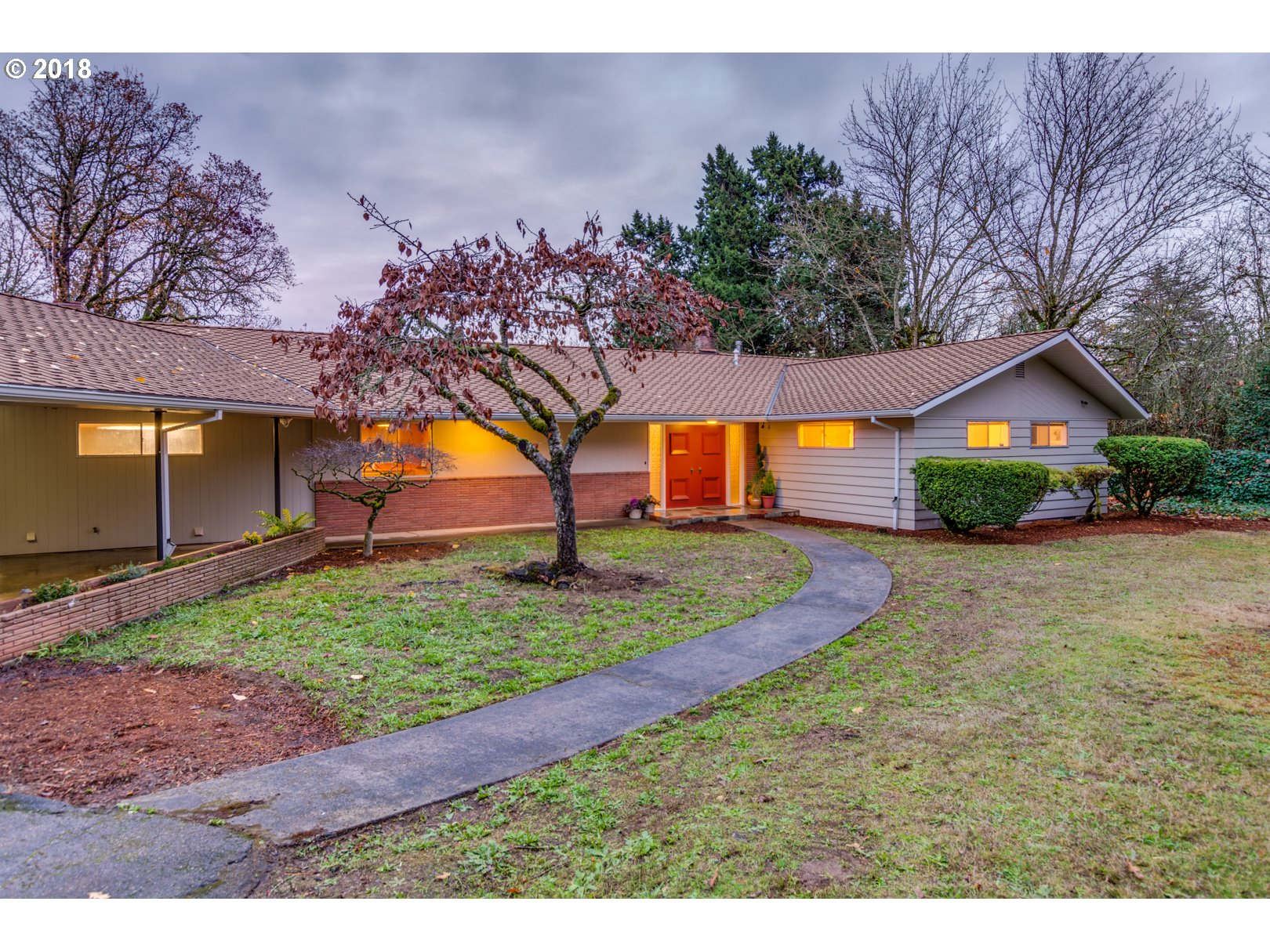 1588 CHERRY LN, Lake Oswego OR 97034
