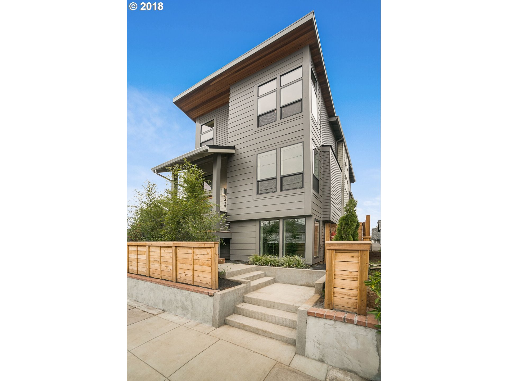 5430 NE 24TH AVE, Portland OR 97211