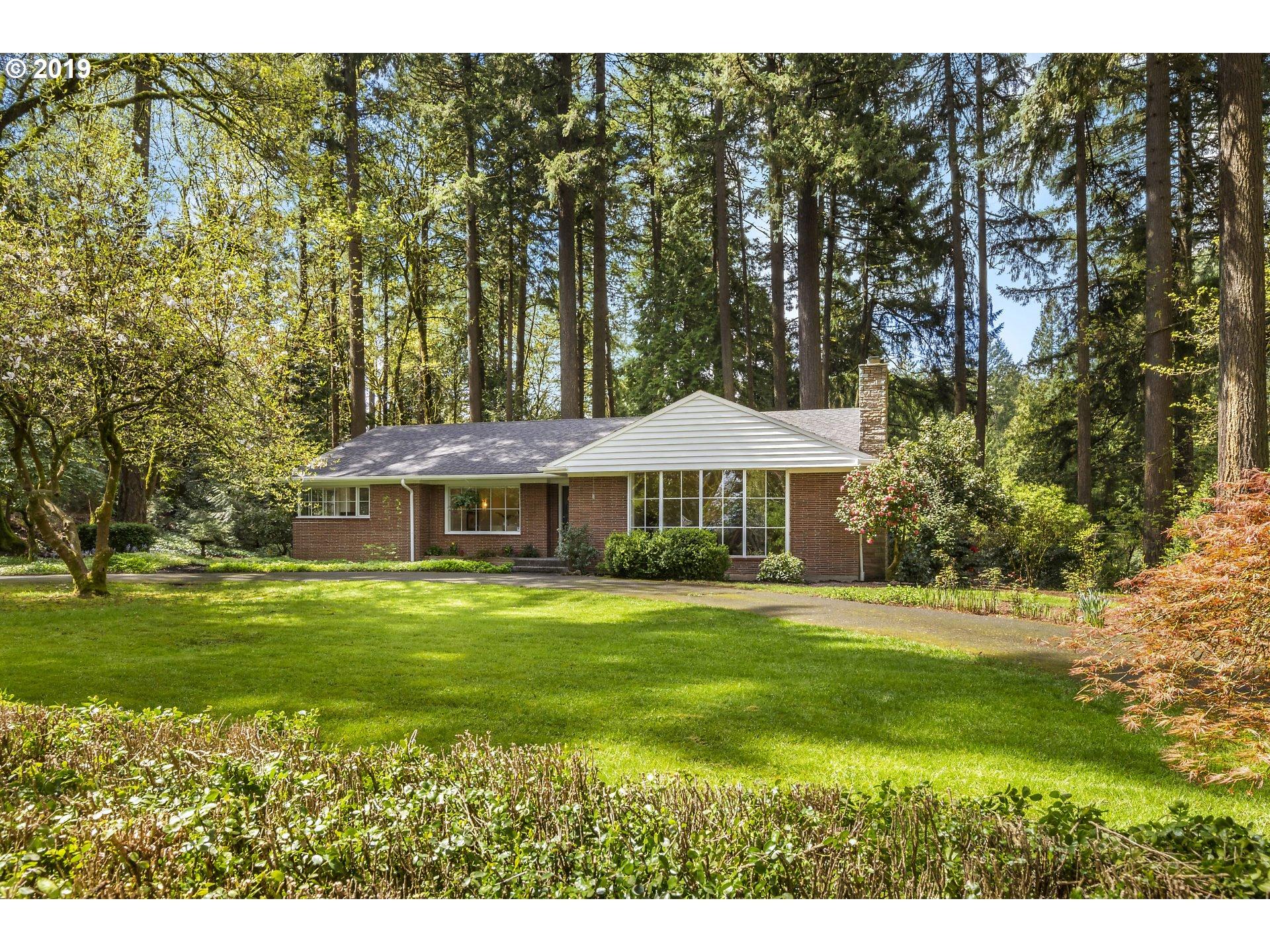 295 SW Birdshill RD, Portland OR 97219