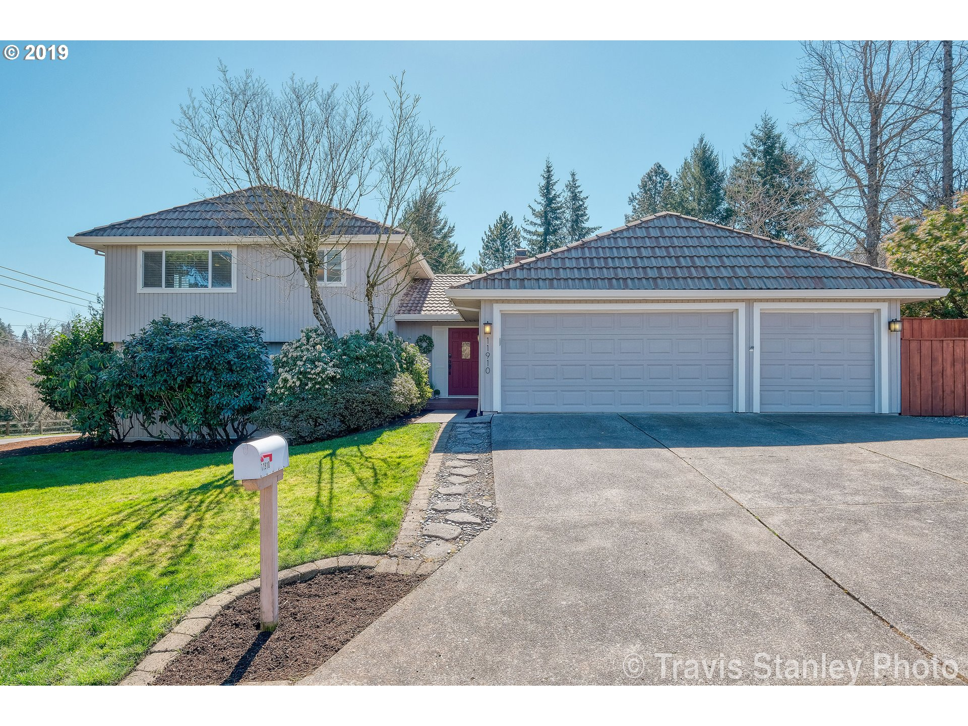 11910 NW KATHLEEN DR, Portland OR 97229