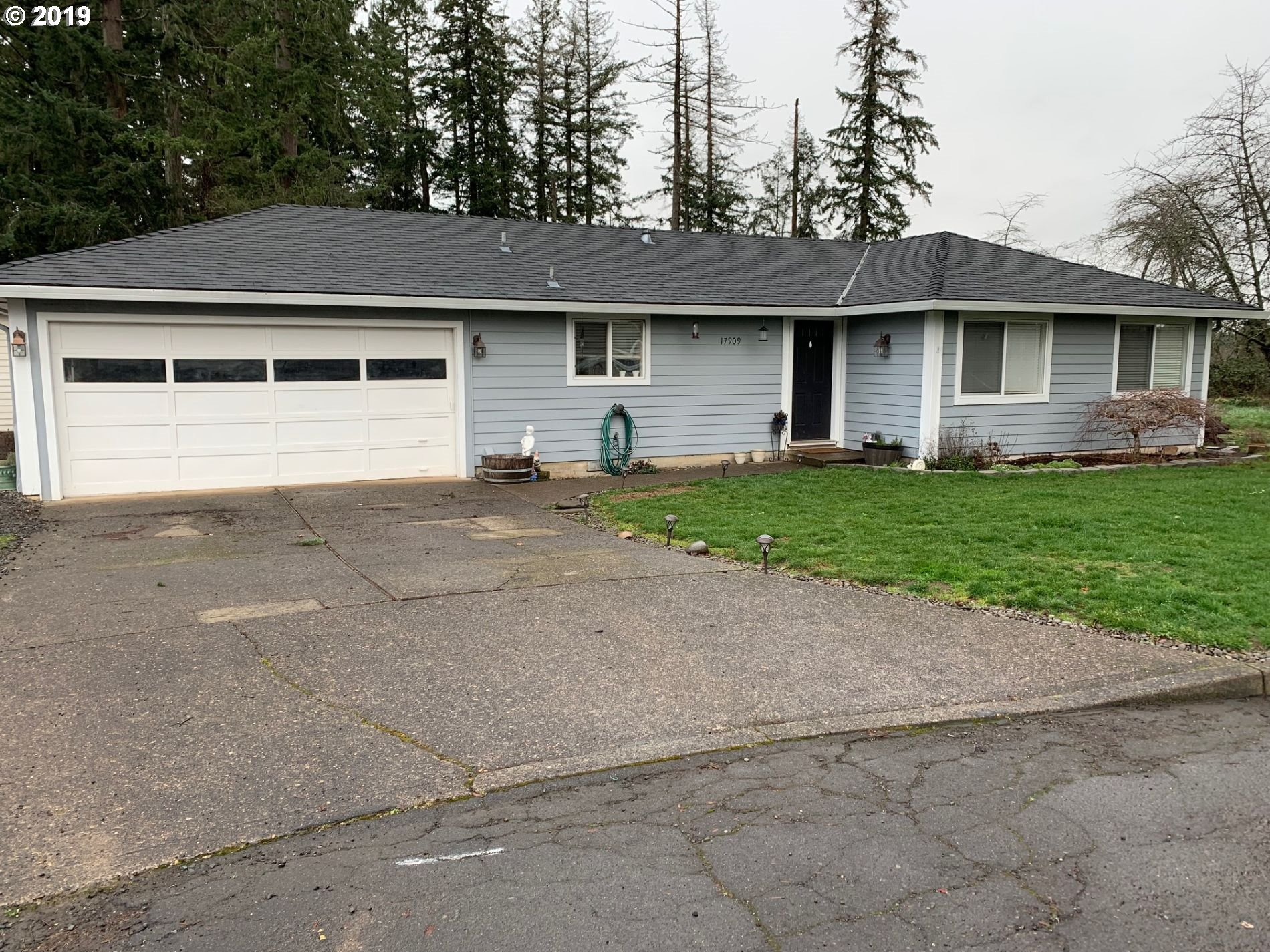 17909 S FIR CONE CT, Oregon City OR 97045