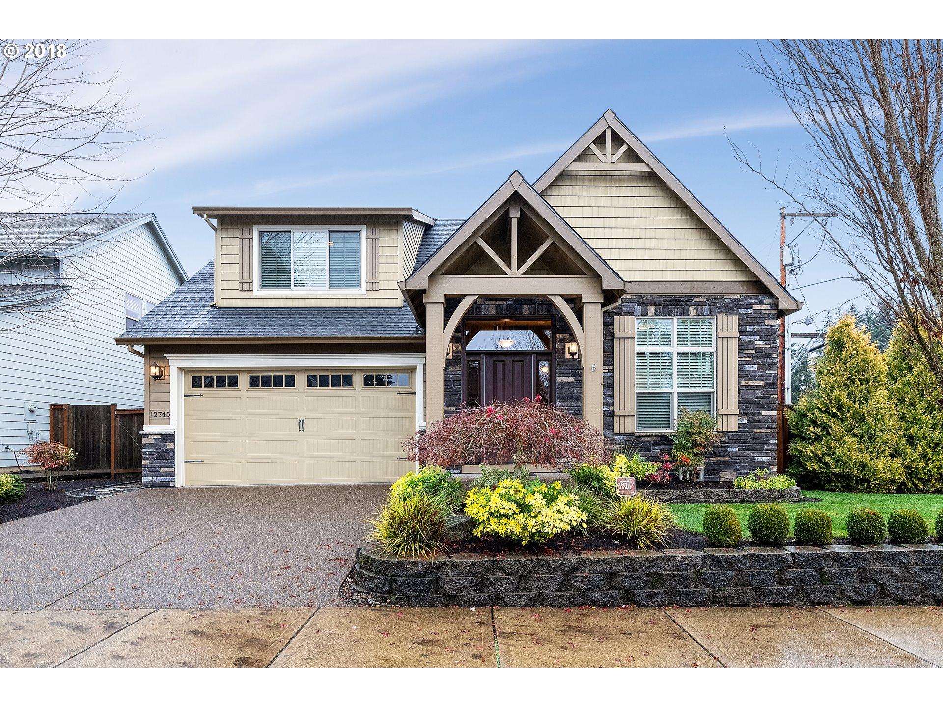 12745 SWALLOWTAIL PL, Oregon City OR 97045