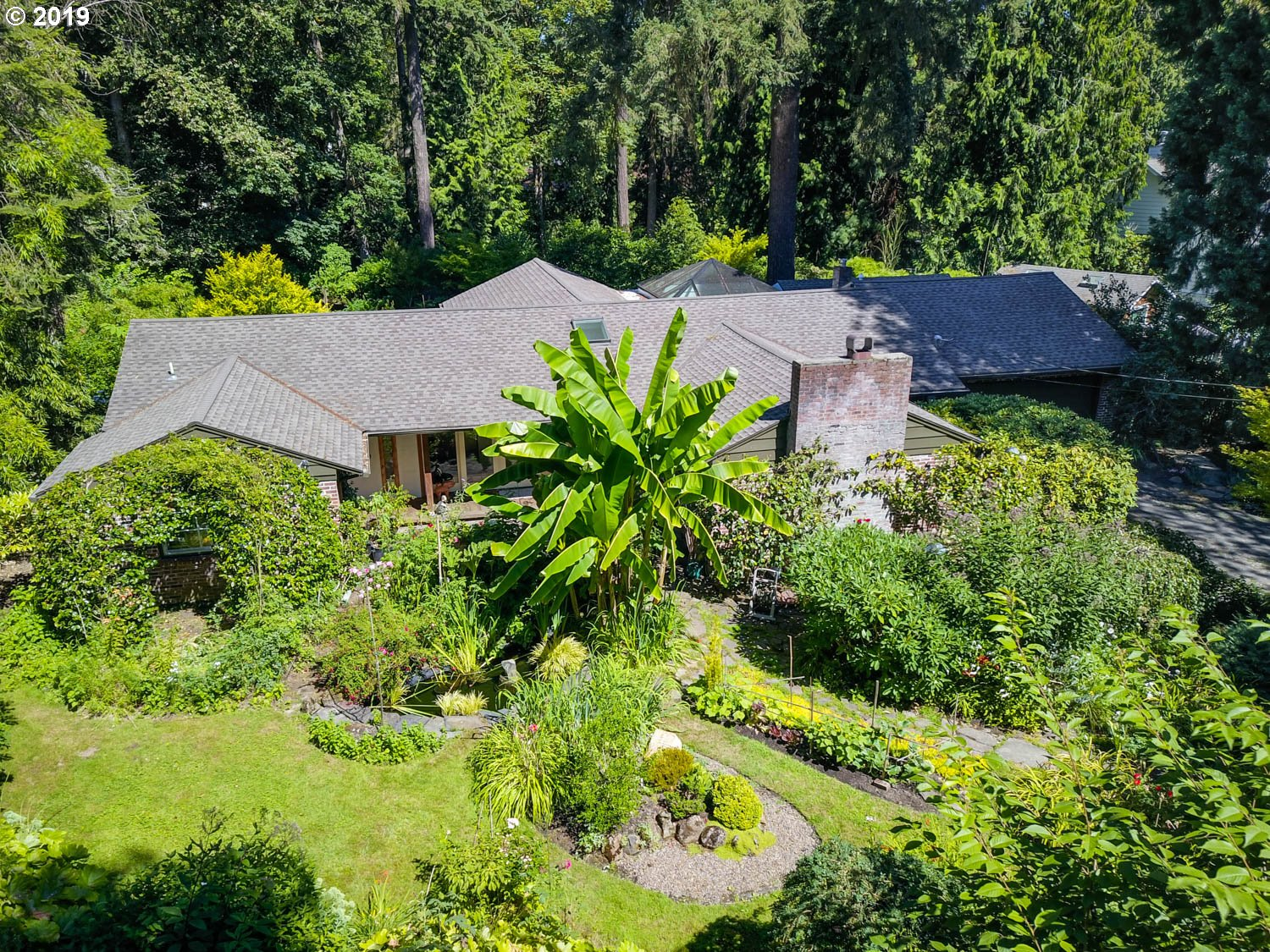 2025 GLENMORRIE LN, Lake Oswego OR 97034