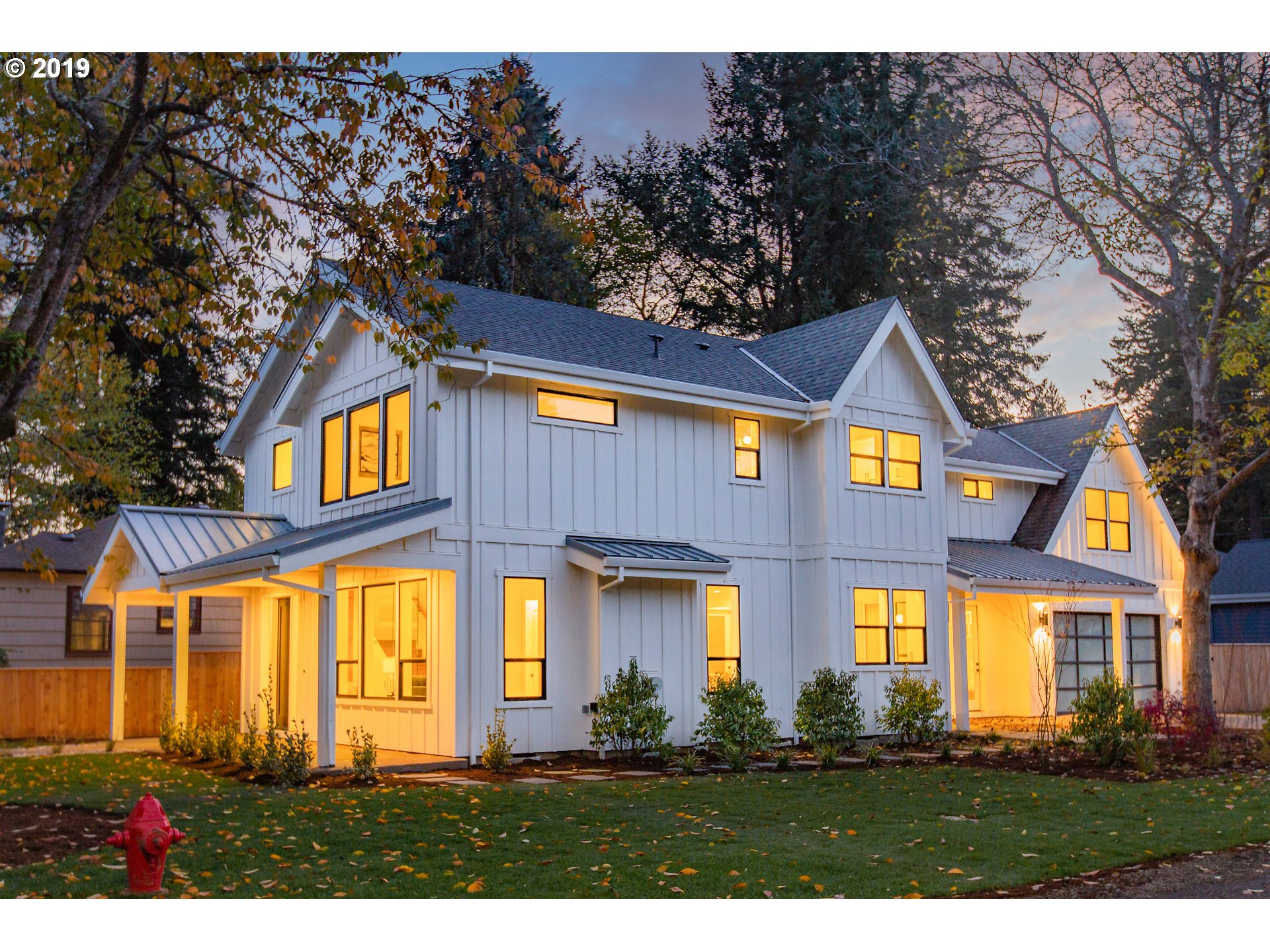 892 8th ST, Lake Oswego OR 97034