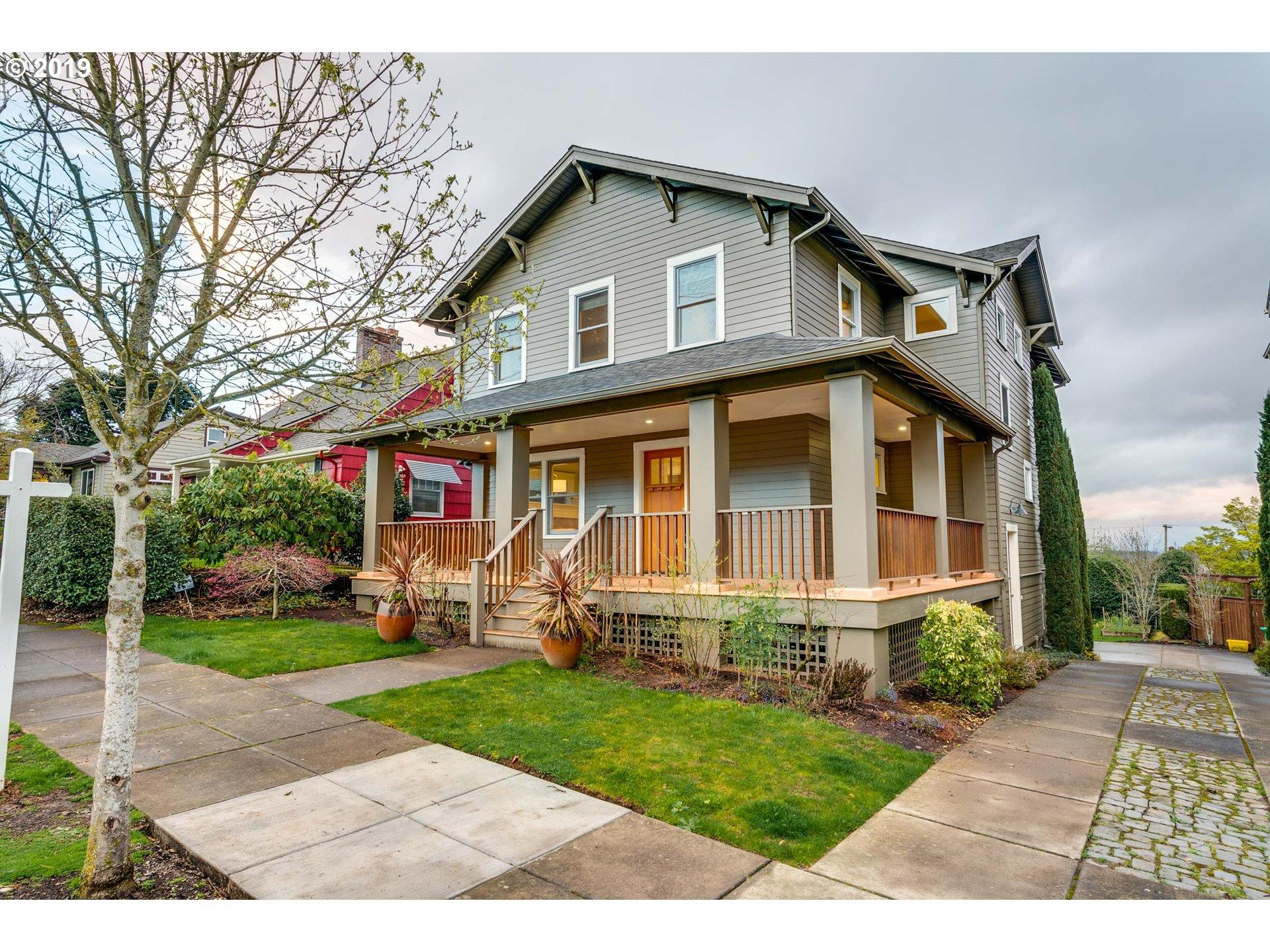 522 SE 70TH AVE, Portland OR 97215
