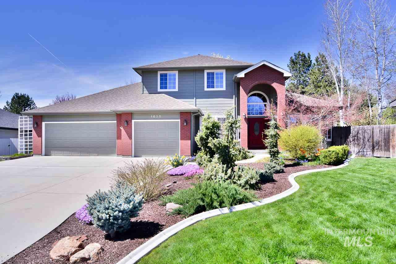 1635 N N Dunsmuir Way, Eagle ID 83616
