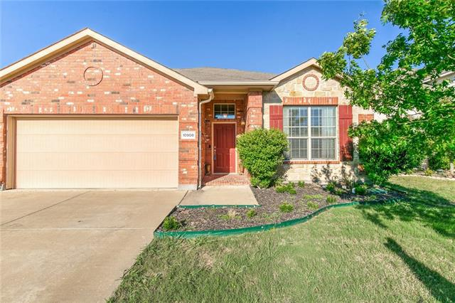 10908 Middleglen Road, Fort Worth TX 76052