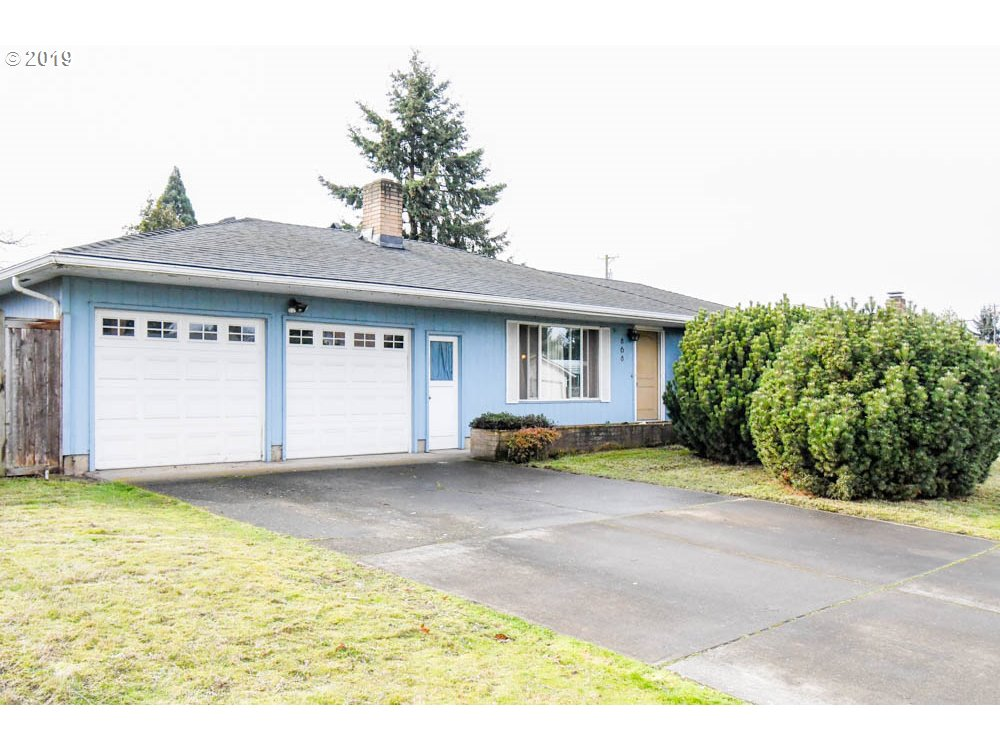 868 SILVER LN, Eugene OR 97404