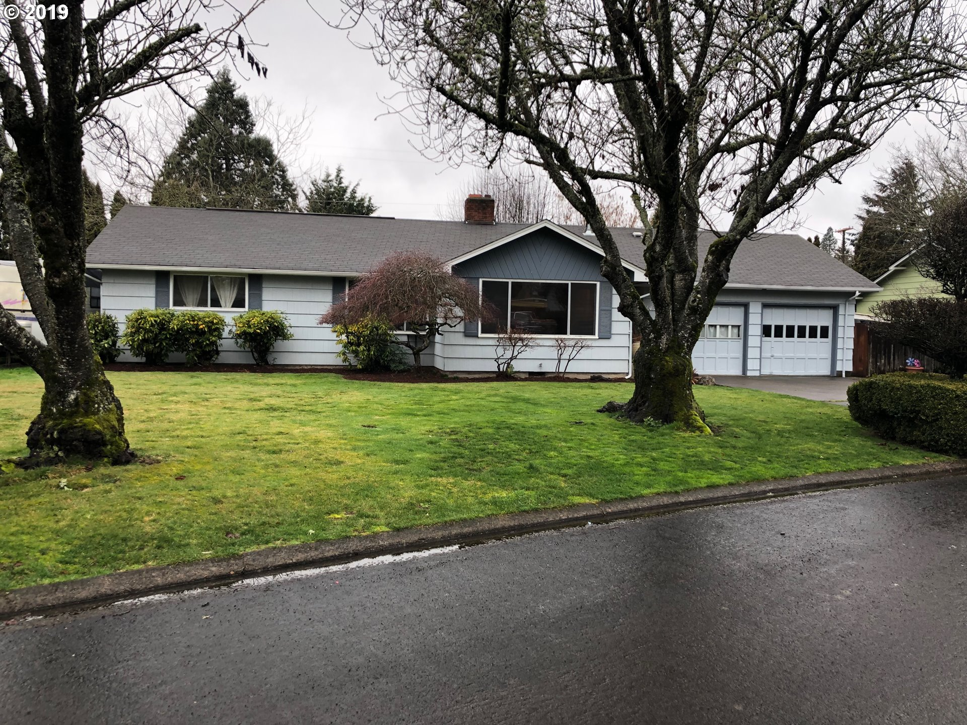 1476 OAK DR, Eugene OR 97404