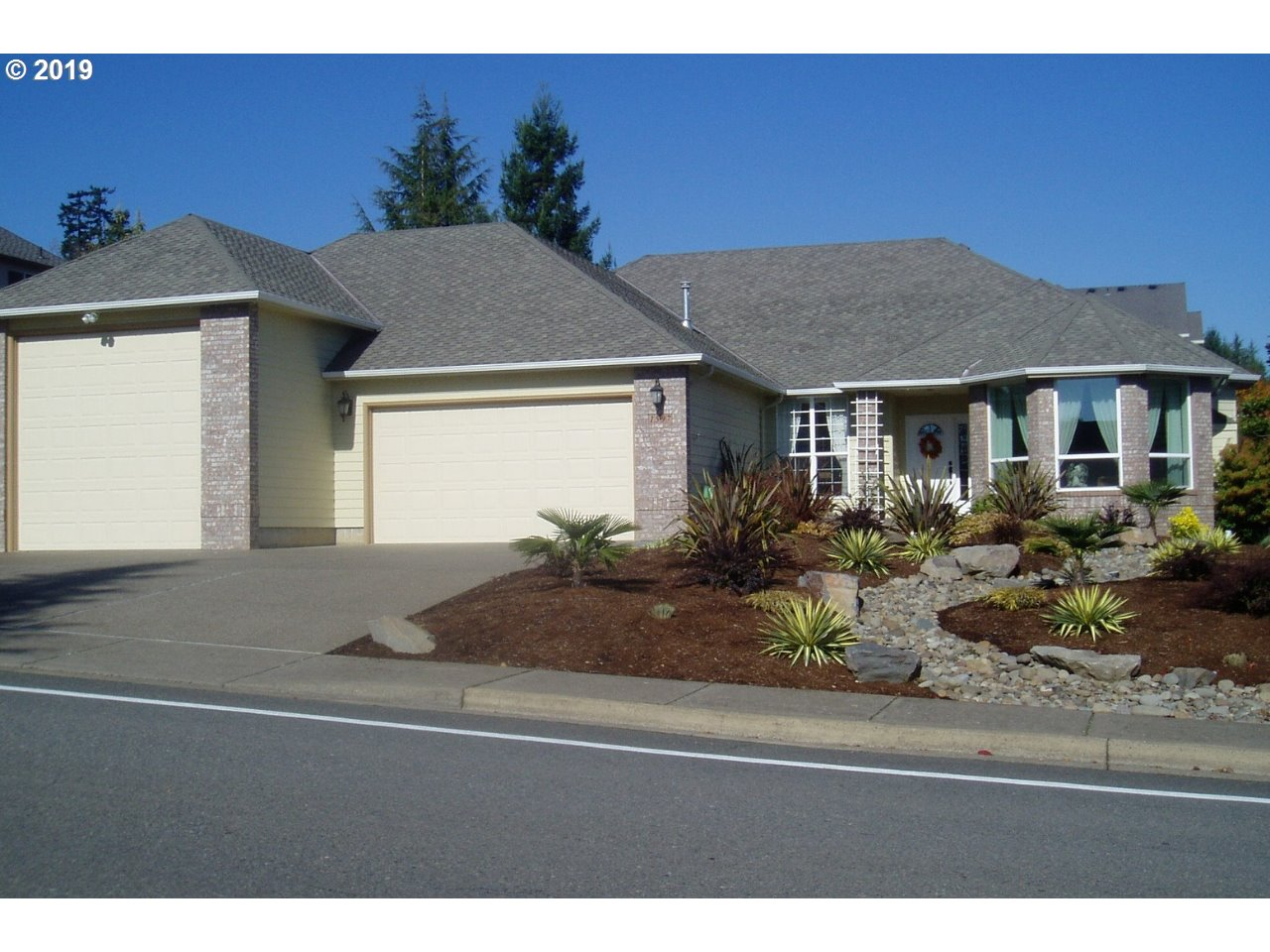 1597 CHAPMAN HILL DR NW, Salem OR 97304